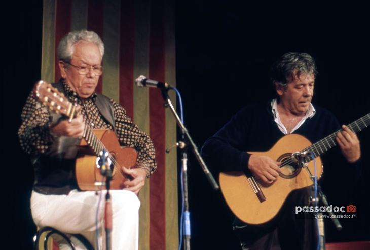 Concert guitare Pèire Pascal Paco Ibanez Roquebrune sur Argens Var recadré Photo André Abbe