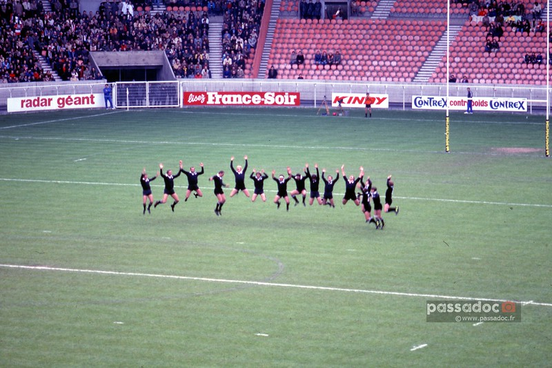 rugby952parcprince77haka-L-1