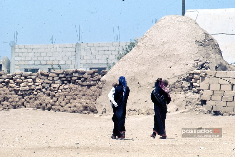 Des femmes et leur enfants à Sfiré en Syrie; women and their kids in Sfire (Syria)