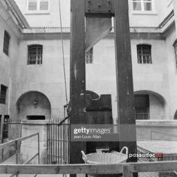 Guillotine au musée de la Conciergerie à Paris - photo Jean-Louis Atlan Gettyimages