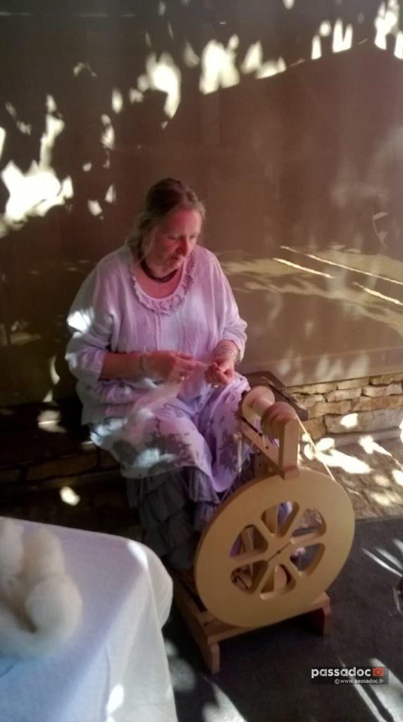 Claude file la laine - photo Claude Pluchard