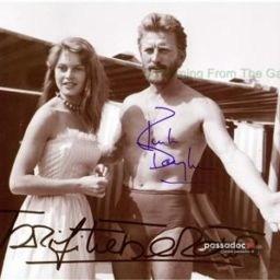 Kirk Douglas et Brigitte Bardot