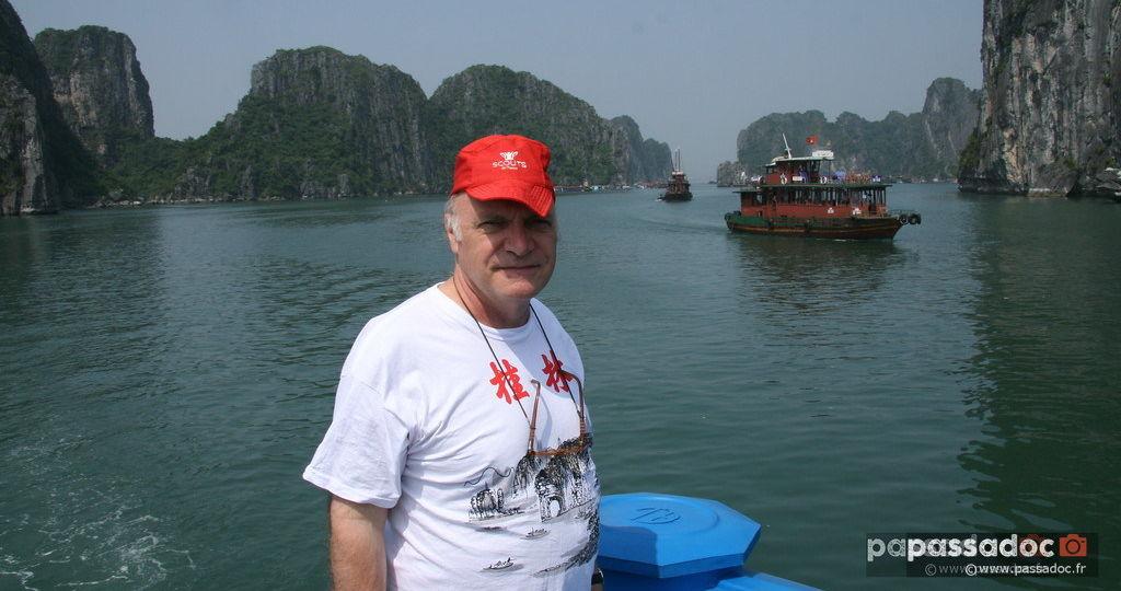 Baie d'Halong - Vietnam - Photo André Abbe